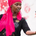 Vrouwen communiceren in Voorstad